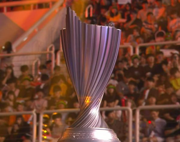 SKT夺冠 LCK夏季赛决赛SKT完成一穿四神话