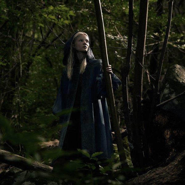 畅销小说改编真人剧 Netflix公开《巫师》剧照